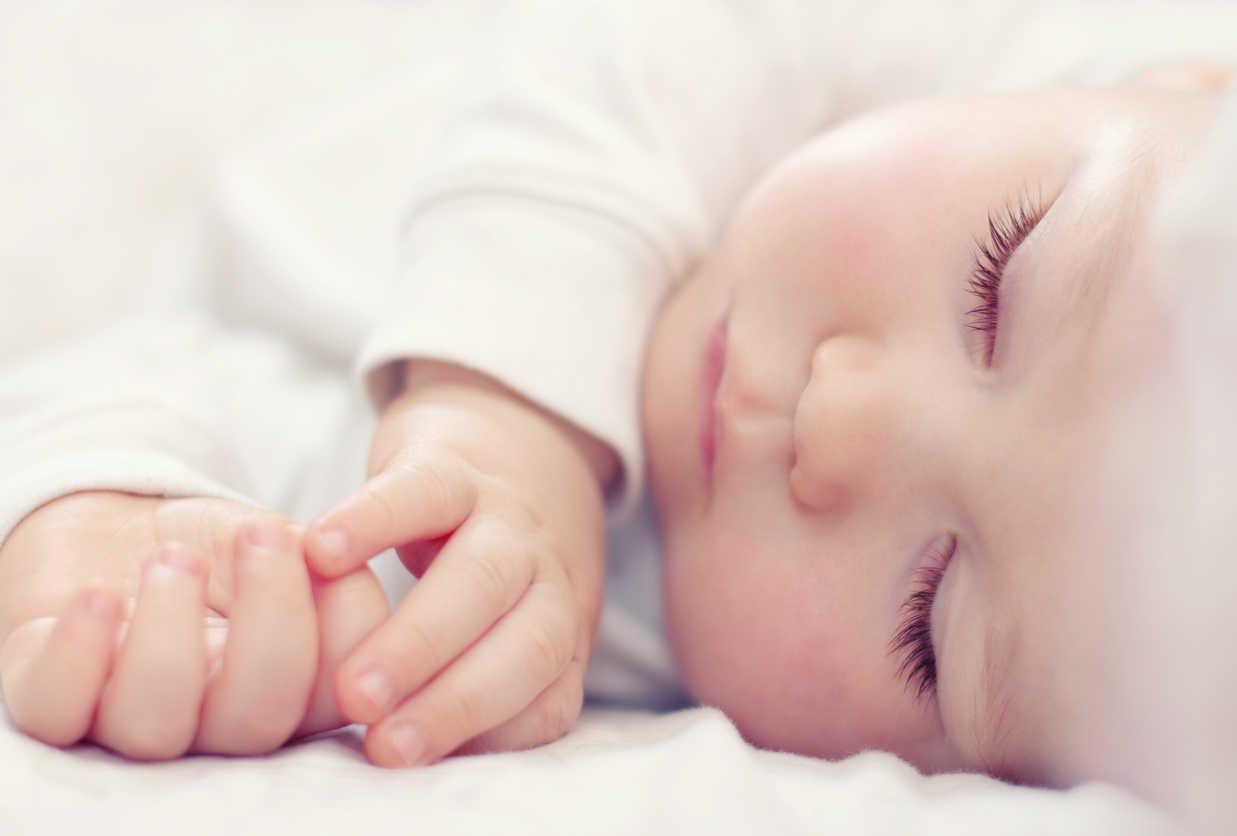 Spánok novorodeniatka